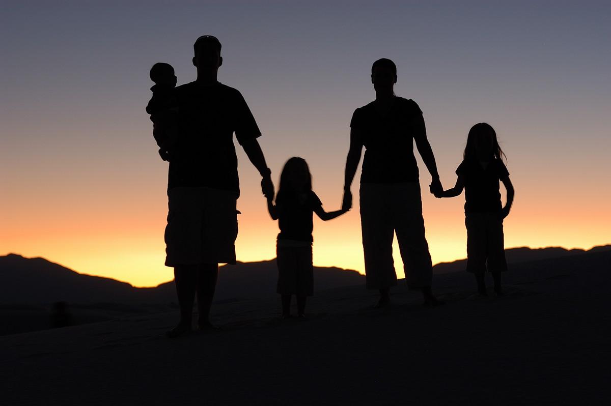 Elkerülhetetlen idegesítő kérdések családon belül