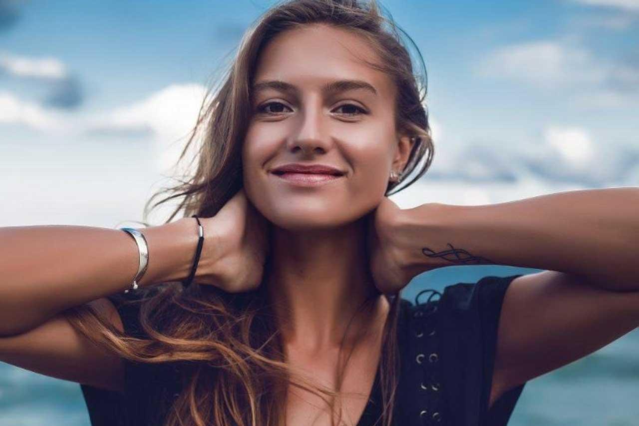 Fiatal nőnek lenni a 21. században kész főnyeremény