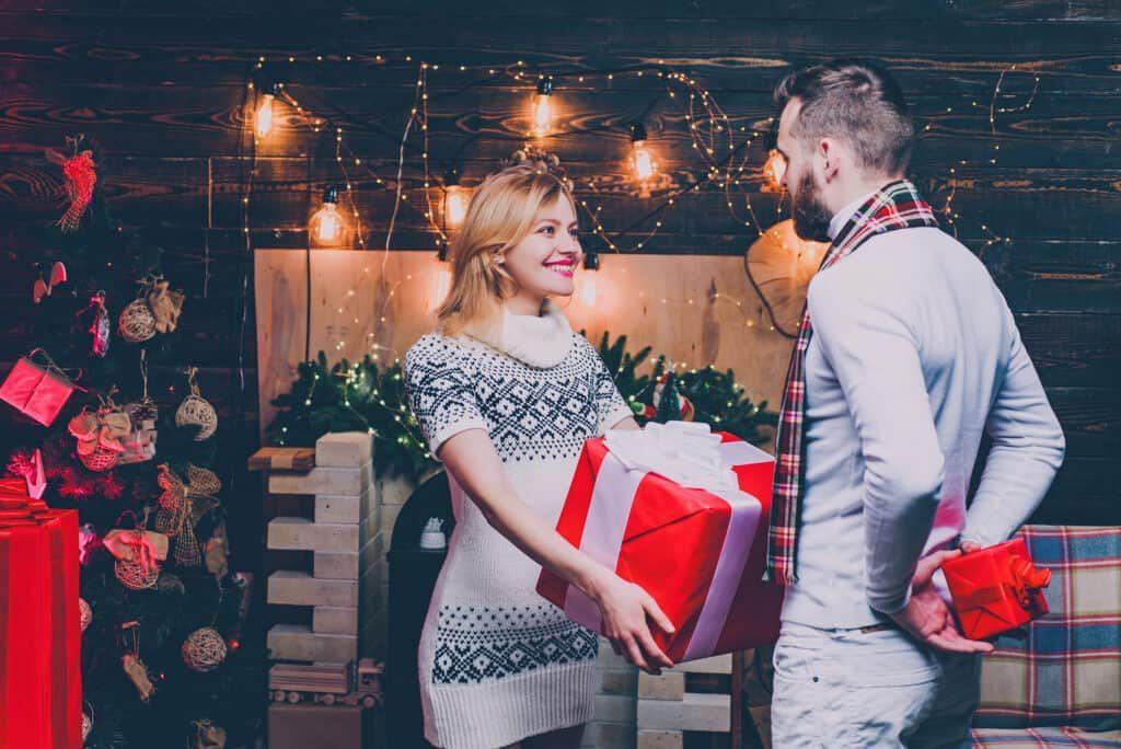 Mindegy mennyire csóró az ember, ajándék nélkül nincs karácsony!