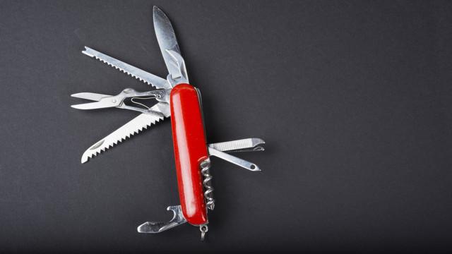 A leghíresebb multi eszköz – svájci bicska