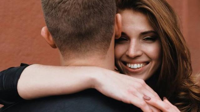 Nem fordul el a férfi attól, aki nőiessége minden szintjét megtapasztalja a szeretőtől kezdve a feleségig